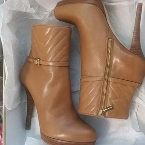 Michael Kors ankel boots